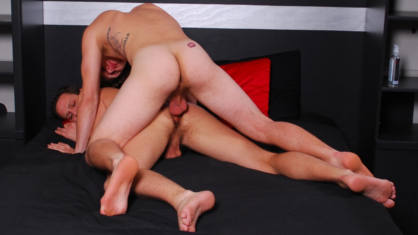 Jason is back and Paul Canon gives him a raw ride. The two exchange expert blow jobs (both know how to deep throat). Jason then straddles Paul's hard rod, crying and moaning each time his prostate gets hit. Paul keeps striking it until man juice flows!