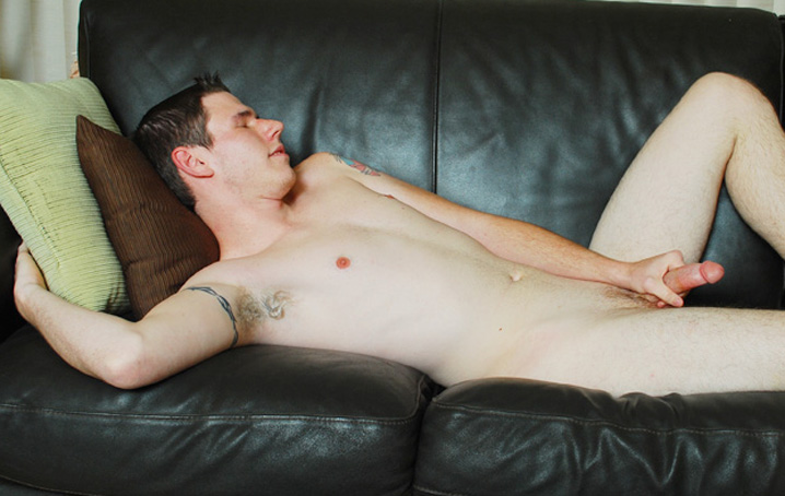 Ben Daniels is a 20 year old college guy, self described as being fun and a hard worker.  He works in  addition to school, but he gets time in for some fun every once in a while.  Thankfully he had some  time to get naked and show off for us!  Ben undresses and gets right down